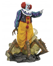 It Gallery PVC Diorama Pennywise 1990 TV Mini Series Edition 23 cm