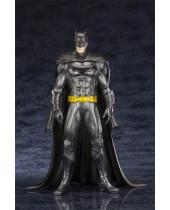 DC Comics ARTFX+ Statue 1/10 Batman 20 cm