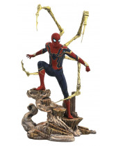 Avengers Infinity War Marvel Movie Gallery PVC socha Iron Spider-Man 23 cm