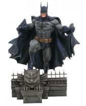 DC Comic Gallery PVC socha Batman 25 cm