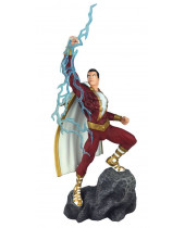 DC Comic Gallery PVC socha Shazam! 28 cm