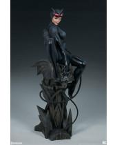 DC Comics Premium Format socha Catwoman 56 cm